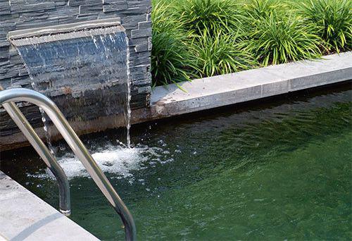 Le secret d 39 une eau cristalline tang de natation for Peroxyde d hydrogene piscine