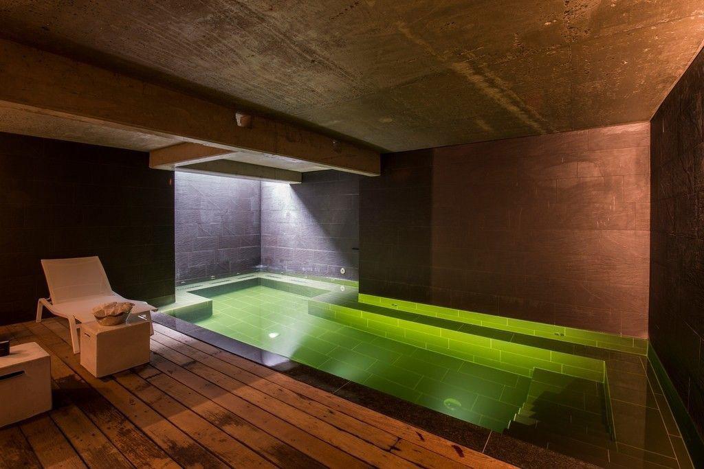 Ziwa Pool Atmosphère intime dans une piscine d'hôtel